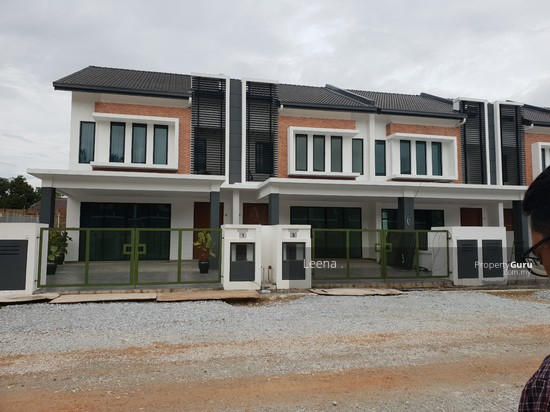 2 Storey Terrace House Bangi  147277404