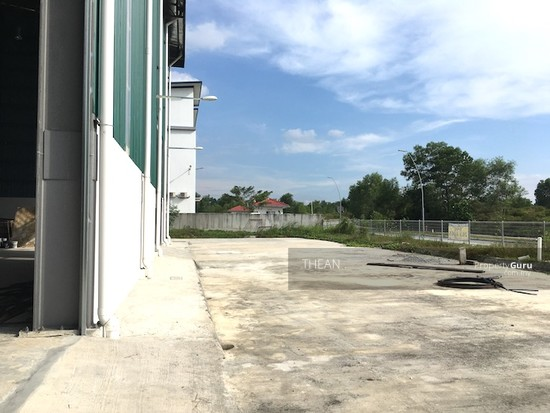 BUKIT JELUTONG, SHAH ALAM  SEKSYEN U16 NEW TWIN WAREHOUSES HIGH SPECIFICATIONS WATER SPRINKLERS ETC  147484076