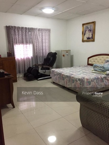 DOUBLE STOREY CORNER HOUSE IN PUCHONG UTAMA FOR SALE  148414661