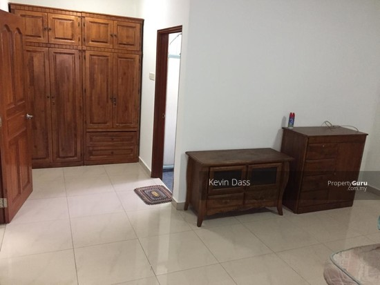DOUBLE STOREY CORNER HOUSE IN PUCHONG UTAMA FOR SALE  148414709