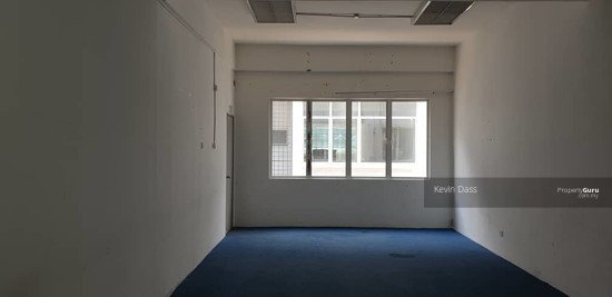 OFFICE IN ONE PUCHONG FACING MAIN ROAD FOR RENT  149914486