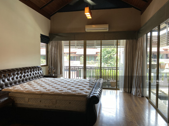 Duta Tropika Master Bedroom 150832048