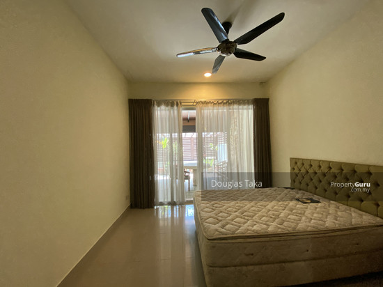 Duta Tropika 1st Bedroom 150832049