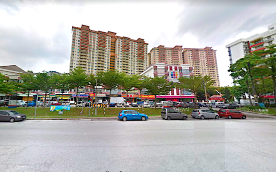TAMAN PERINDUSTRIAN PUCHONG UTAMA Nearby commercial shops and retails 151207239