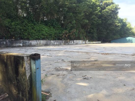 Industrial Zoning Land ( Ready to use ) @ Monterez Golf Club Kg Subang  152207043