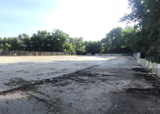 Industrial Zoning Land ( Ready to use ) @ Monterez Golf Club Kg Subang  152207425