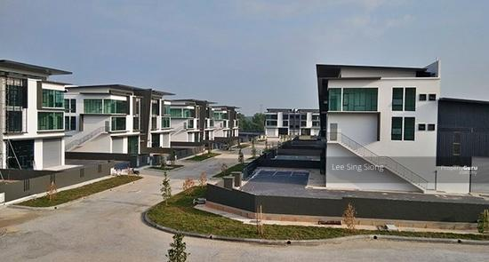 IJOK Kota Puteri 3 Storey Semi-D Factory Cheap Rental RM10500 ONLY  155021994