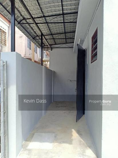 TAMAN PUCHONG INTAN DOUBLE STOREY HOUSE FOR RENT  153502213