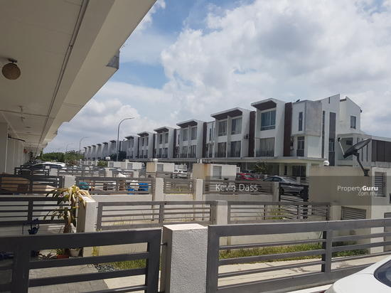 CASCADIA LAKE VISTA TOWNHOUSE PUCHONG PRIMA FOR RENT  153933837