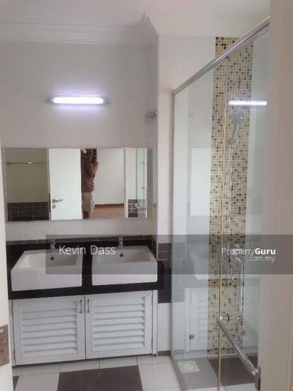 USJ HEIGHTS TWO AND A HALF STOREY FOR SALE  153981480