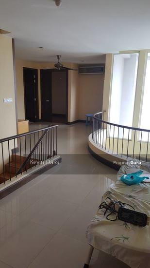 USJ HEIGHTS TWO AND A HALF STOREY FOR SALE  153981485