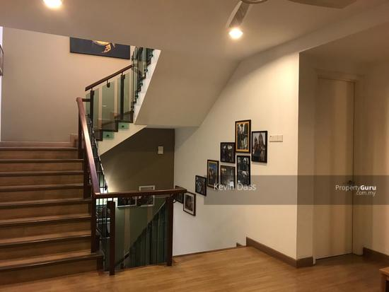 USJ HEIGHTS TWO AND A HALF STOREY FULLY RENOVATED CORNER FOR SALE  153990203