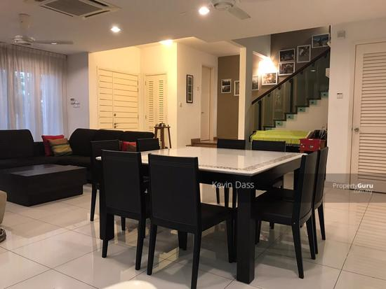 USJ HEIGHTS TWO AND A HALF STOREY FULLY RENOVATED CORNER FOR SALE  153990206