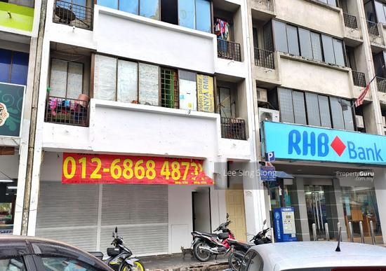 BELOW MARKET PRICE Pusat Bandar Utara Selayang 4 Storey Shop Cheap Selling RM1.55Mil ONLY  155049609