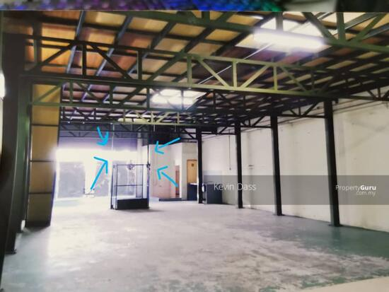 FACTORY WAREHOUSE IN SUBANG 2 FOR RENT  157449284
