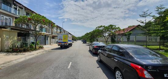 CORNER USJ HEIGHTS WITH SPACIOUS LAND FOR SALE  157460118