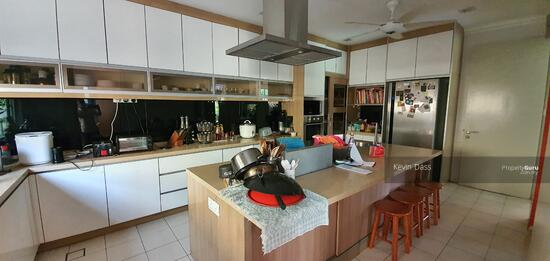 CORNER USJ HEIGHTS WITH SPACIOUS LAND FOR SALE  157460154
