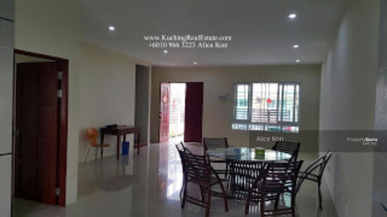Double Storey Terrace at Jalan Tabuan Tranquility  158590897
