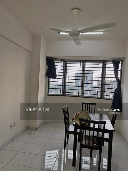 Main Place Residence  160266622