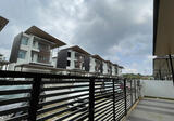 Three Storey Bungalow Gated Guarded Kuching City near Boulavard Mall and Imperial Hotel - Property For Sale in Malaysia