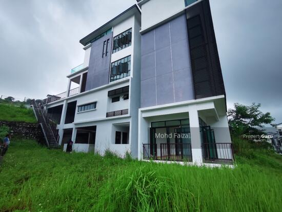 PRIVATE LIFT New 3.5 Storey Semi D House Kingsley Hill Putra Heights  161342494