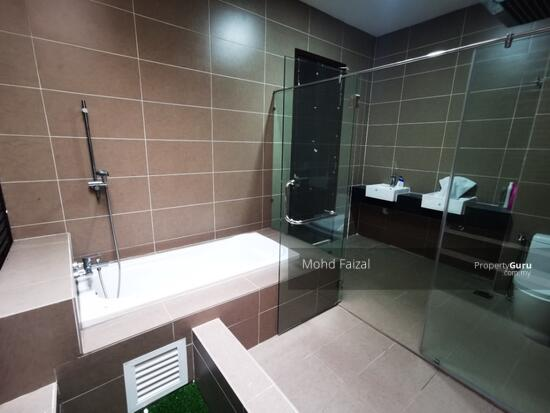 PRIVATE LIFT New 3.5 Storey Semi D House Kingsley Hill Putra Heights  161342504