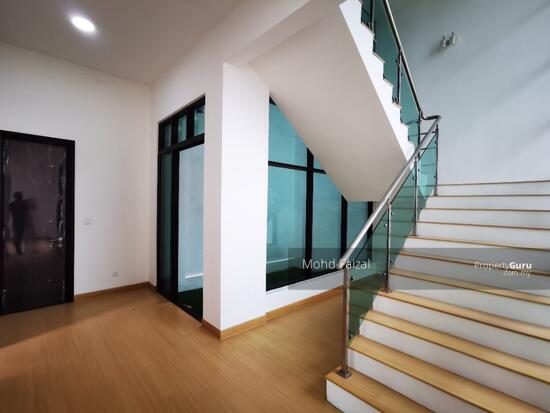 PRIVATE LIFT New 3.5 Storey Semi D House Kingsley Hill Putra Heights  161342508