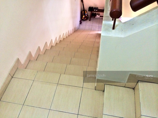 D/S Corner Renovated House,Bukit Raja,Klang  23312117