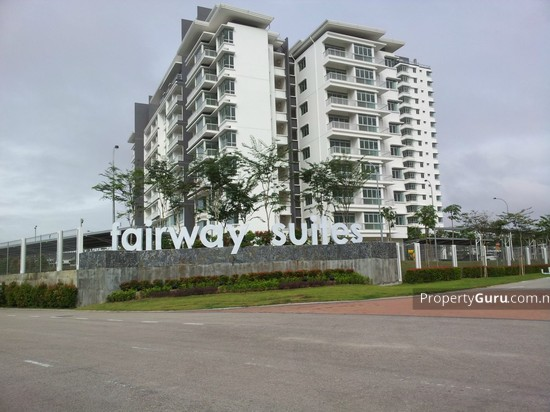 Fairway Suites  14870402