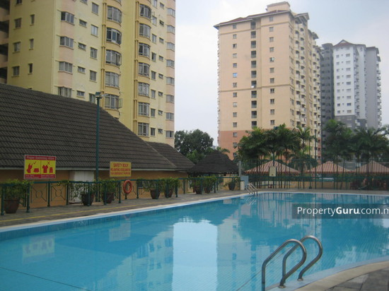 Endah Regal Condominium  11087432