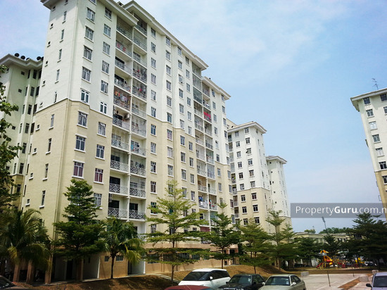 Larkin Idaman Apartment  17333147