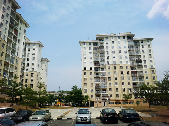 Larkin Idaman Apartment  17333153