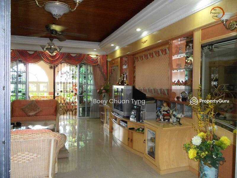 Johor bahru taman sri tebrau bungalow house jalan badik for Home decor johor bahru