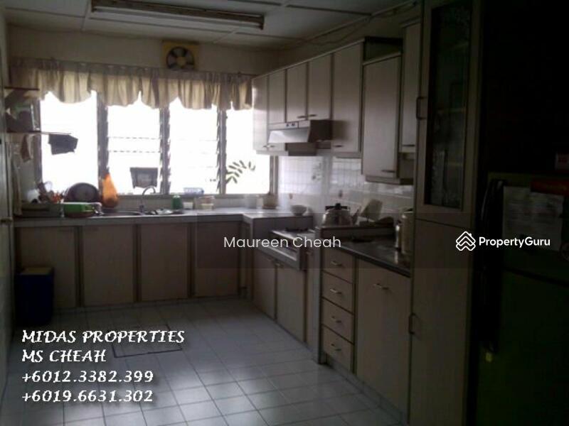 House For Rent In Taman Megah Petaling Jaya Jalan Ss24 17 Petaling Jaya Selangor 4 Bedrooms