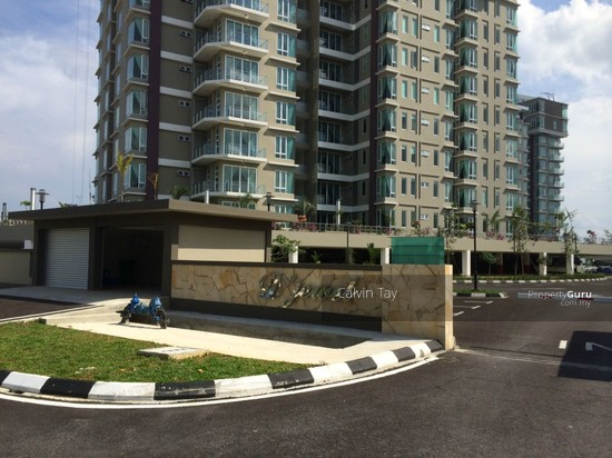Nice Renovated D Jewel Condominium At Hup Kee Kuching For