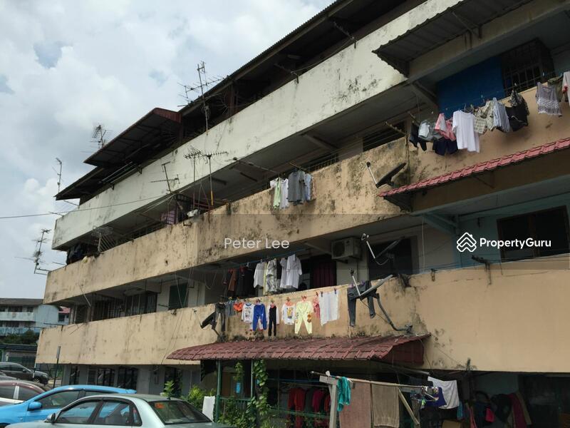 Skudai parade apartment jalan skudai batu 10 skudai johor 2 bedrooms 750 sqft apartments Master bedroom for rent in johor