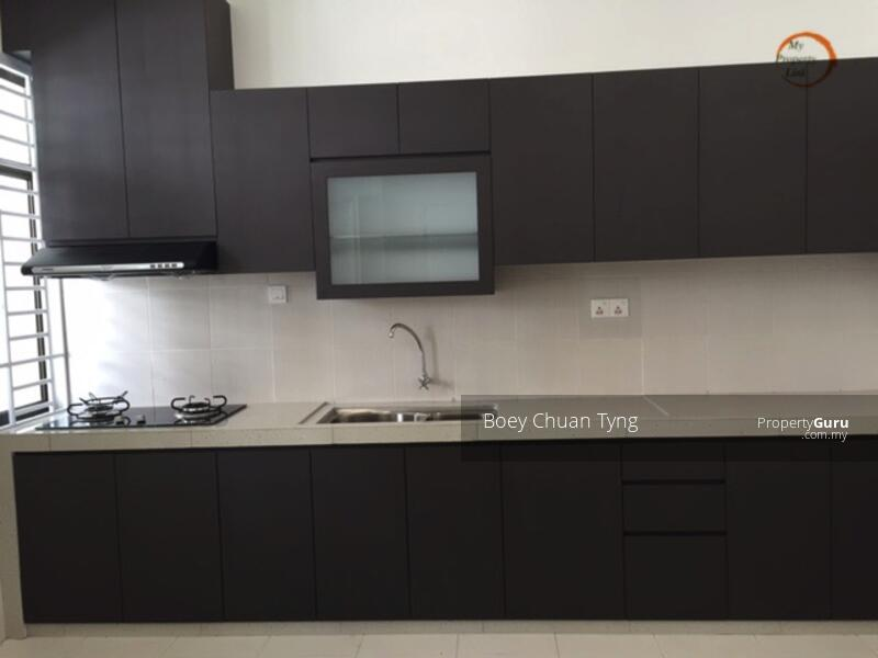 Build in cabinet and top with cooker hood
