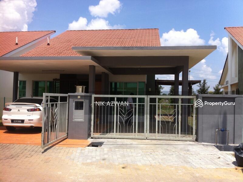 New design single storey semi d house kotasas kuantan for Semi concrete house design