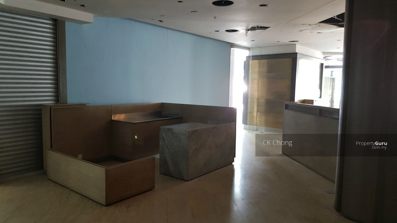 Life Centre Corner Space Good Price For Rent Jalan Sultan