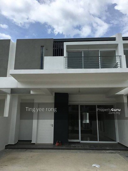 Augusta series double storey terrace villas ayer keroh for Terrace house series
