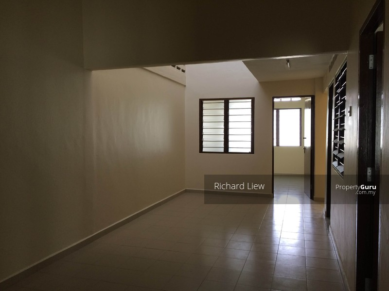 Ss3 Petaling Jaya Petaling Jaya Selangor 3 Bedrooms 1400 Sqft Terraces Link Houses For
