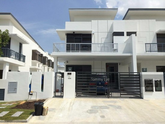 Garden Villas Bukit Indah Cluster Semi D Bukit Indah