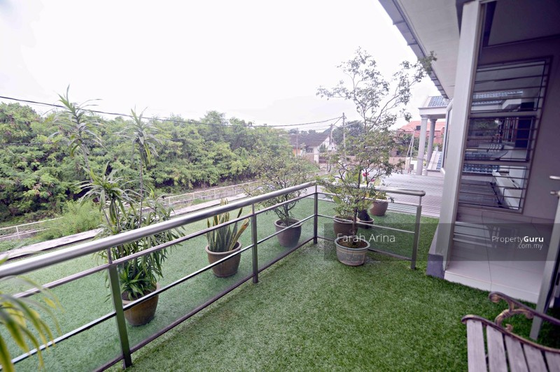 Fully Renovated Zero Lot Bungalow 2 Storey At Taman