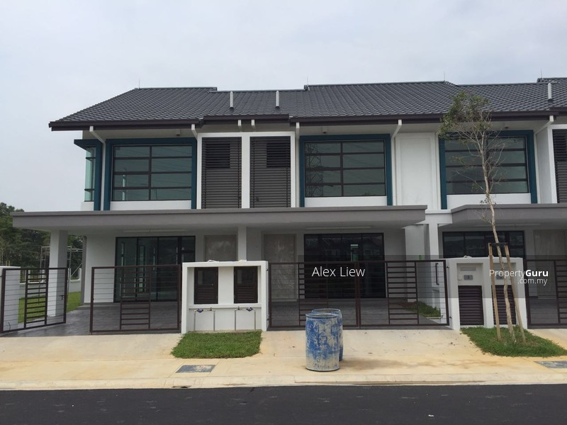 Hot sale setia alam 2 storey house setia alam setia for 2 storey house for sale