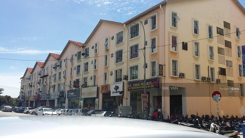Jalan Plumbum V 7 V  Seksyen 7  40000 Shah Alam  Selangor  Malaysia  Shah  Alam  Selangor  700 Sqft  Retails   Shops   Offices for Rent  by WAI YAN. Jalan Plumbum V 7 V  Seksyen 7  40000 Shah Alam  Selangor