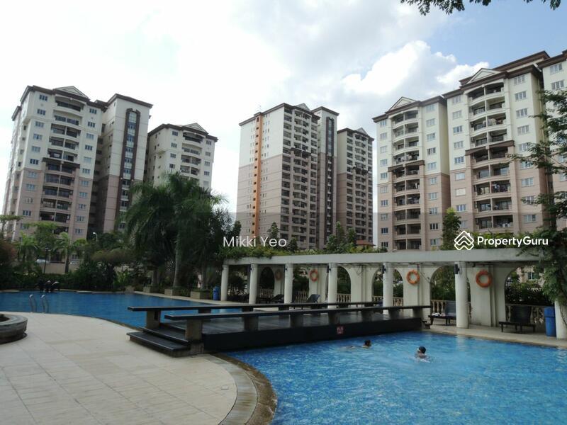 Prima Regency Apartment 7159841