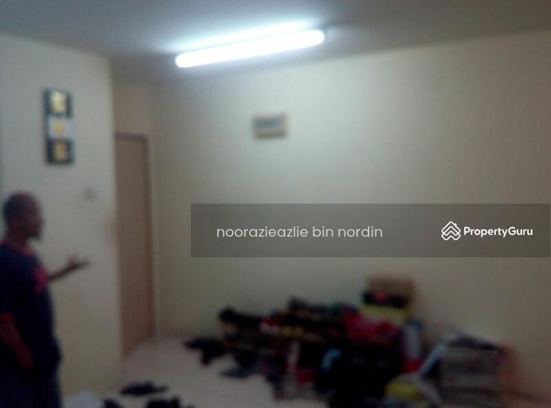 Pusat Komersial Seksyen 7 Shop Apartment  92637473. Pusat Komersial Seksyen 7 Shop Apartment  Jalan Plumbum Z 7 Z Off