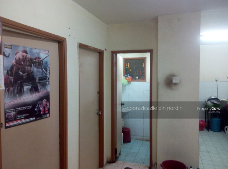 Pusat Komersial Seksyen 7 Shop Apartment  92637485. Pusat Komersial Seksyen 7 Shop Apartment  Jalan Plumbum Z 7 Z Off