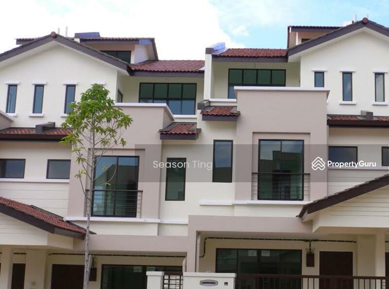 Sp setia 3 storey terrace persiaran kelicap sungai ara for Terrace house season 3