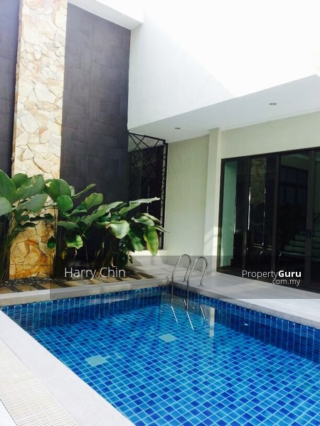35sty BungalowSWIMMING POOL Taman Desa Maju Mid Valley